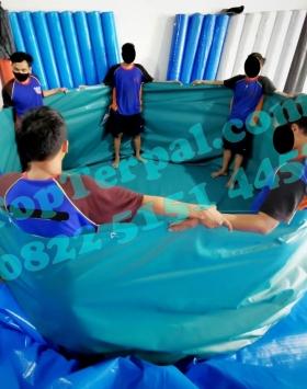 kolam bulat terpaulin